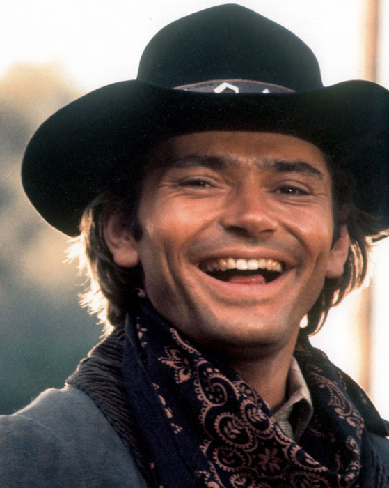 Pete Duel as Hannibal Heyes Laughing